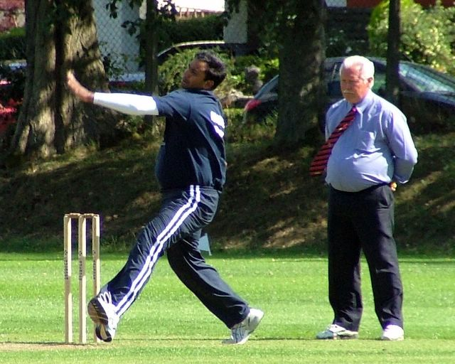 An International bowler (whose name I unfortunately do not know) bowls at the