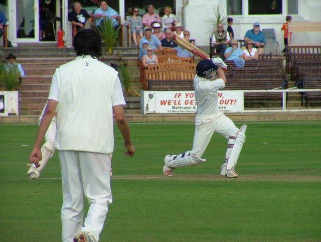 Dan punishes the home team's bowling