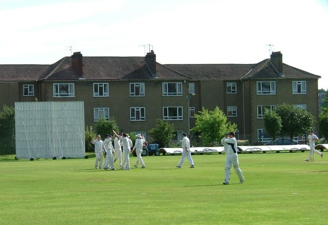 Accies show their delight at the first wicket