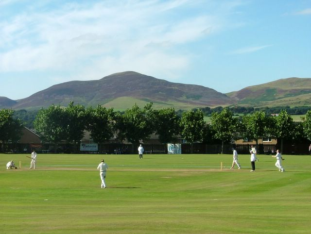 The Perthshire field are very wide spread as the innings comes to a close